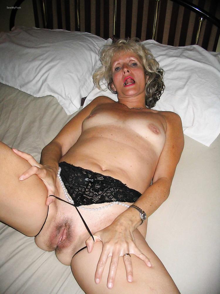 пилотки зрелых баб секс фото